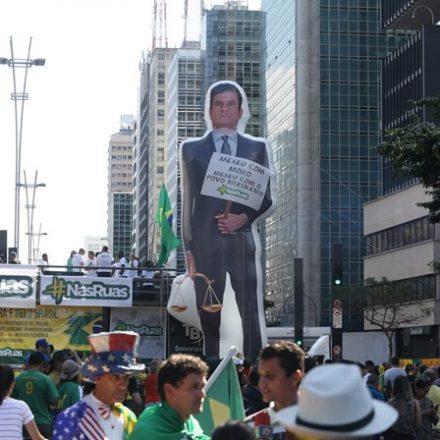 Cidades do Brasil tiveram atos a favor da reforma da Previdência