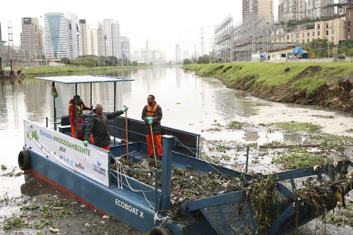Governo de SP anuncia início do desassoreamento do Rio Pinheiros