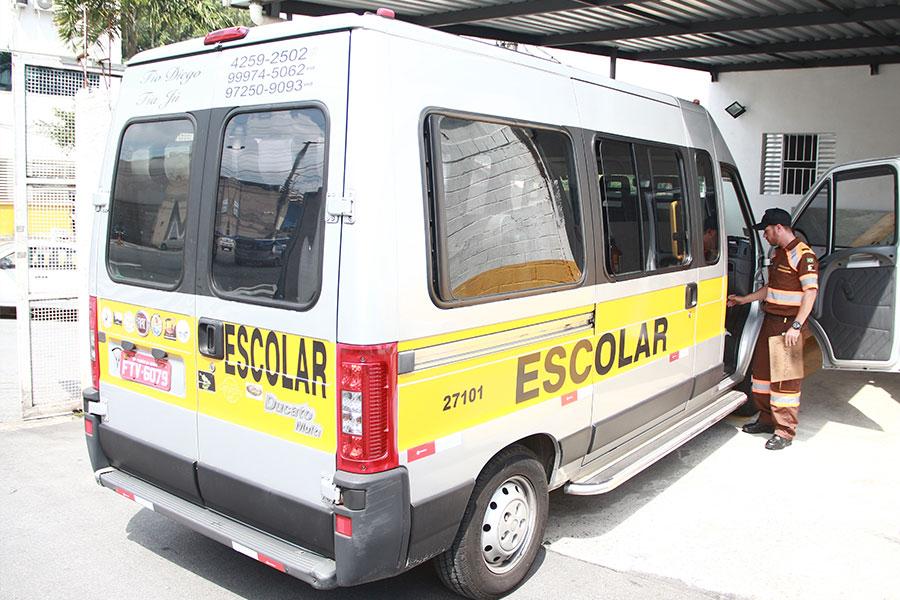 Taboão da Serra realiza vistorias do transporte escolar do 2º semestre
