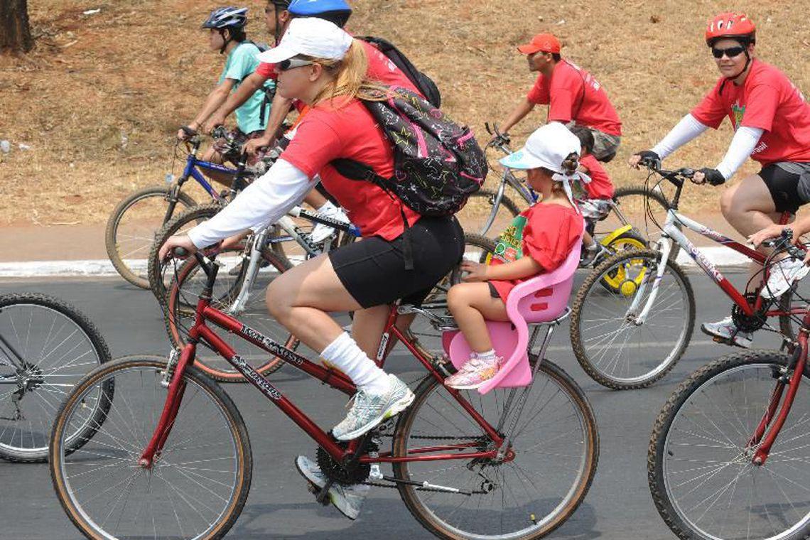 No Dia do Ciclista, campanha alerta sobre uso seguro da bicicleta.