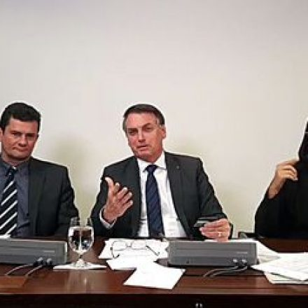 Bolsonaro defende votação da PEC da Maioridade Penal no Senado.