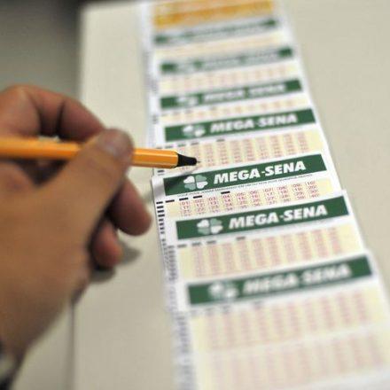 Mega-Sena sorteia nesta quarta-feira prêmio de R$ 42 milhões.