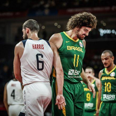 Brasil perde para os EUA e é eliminado do Mundial de basquete