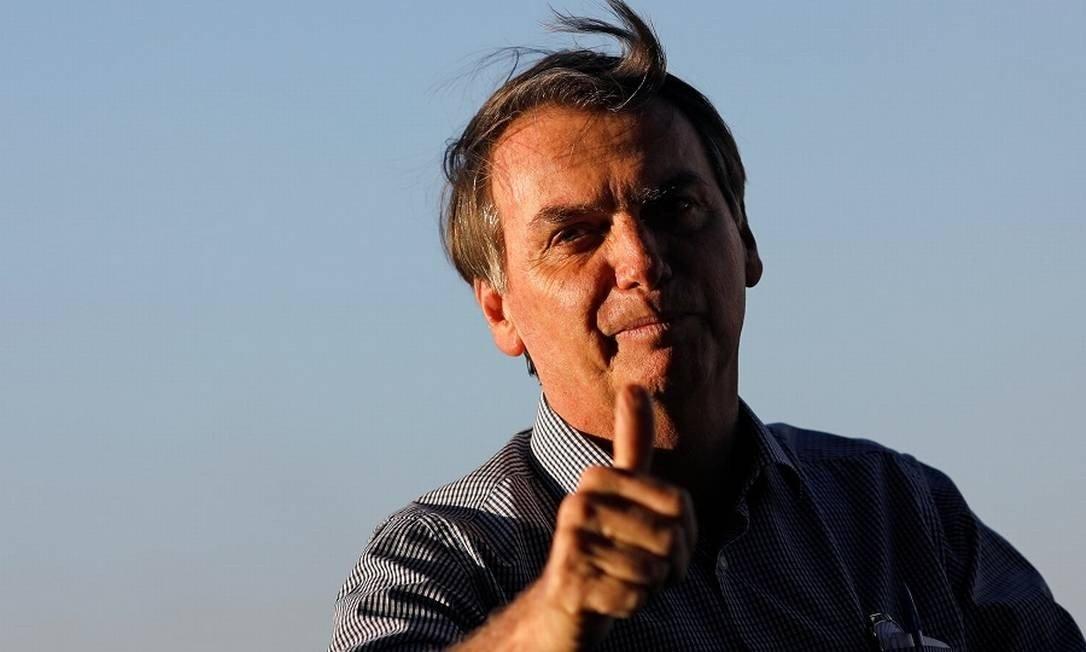 Bolsonaro diz que aprovará projeto que amplia posse de arma no campo