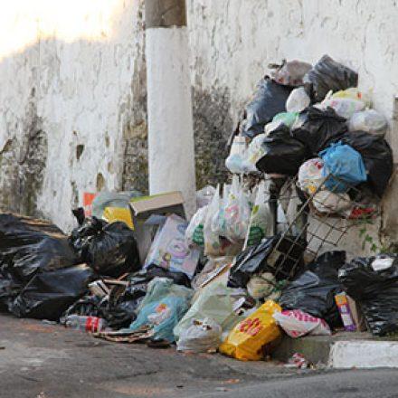 Sete entre dez consumidores rejeitam empresas que não cuidam do lixo, segundo pesquisa