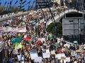 Manifestantes vão às ruas contra mudanças climáticas