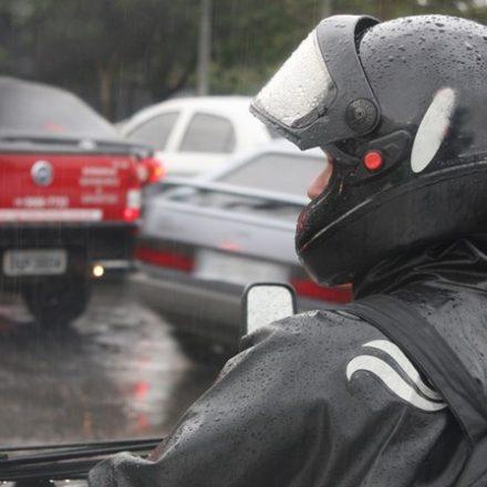 Justiça libera mototáxi em São Paulo