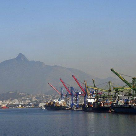 Balança comercial tem saldo positivo de US$ 3,28 bilhões em agosto.