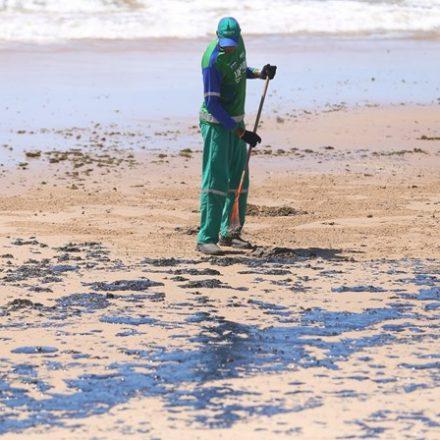 MPF diz que Governo é 'omisso' sobre manchas de óleo no Nordeste