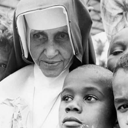 Irmã Dulce, o 'Anjo bom da Bahia', virará santa no domingo