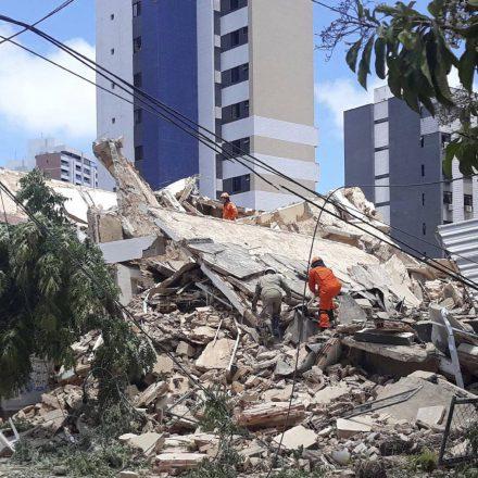 Prefeitura de Fortaleza diz que prédio foi construído de maneira irregular