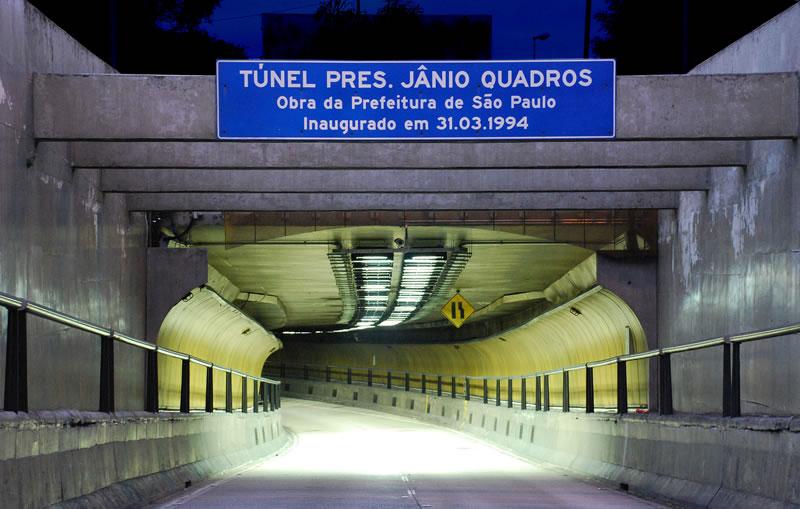 Túnel Jânio Quadros será interditado para manutenção na próxima madrugada