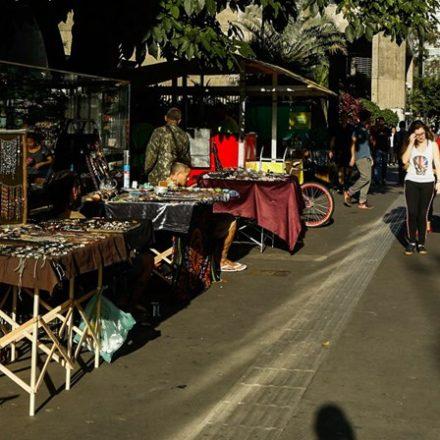 Prefeitura arrecada quase R$ 2 milhões com ambulantes