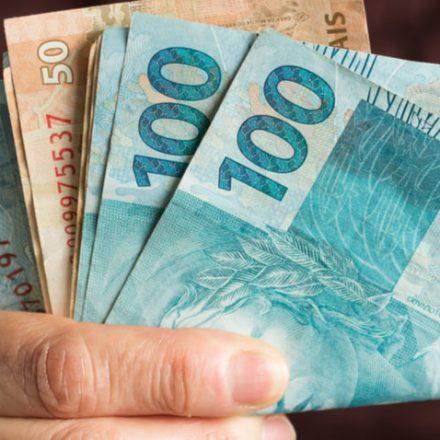 Décimo terceiro deve injetar R$ 214 bi na economia do país