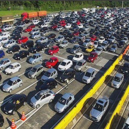 Ecovias prevê até 380 mil veículos no Sistema Anchieta-Imigrantes, durante o feriado