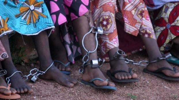 Doentes mentais são acorrentados na Nigéria, diz a Human Rights Watch