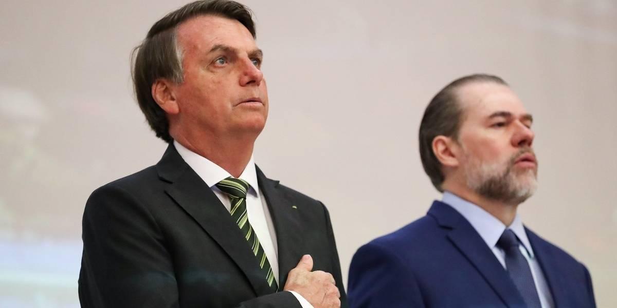 'Me chamam de autoritário, mas ouço meus conselheiros', diz Bolsonaro