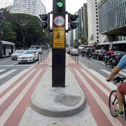 Paulista estará aberta para carros até as 13h de domingo