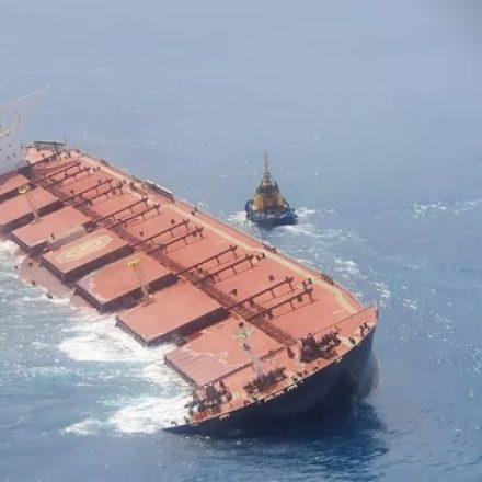 Marinha confirma vazamentos em navio com minério de ferro da Vale