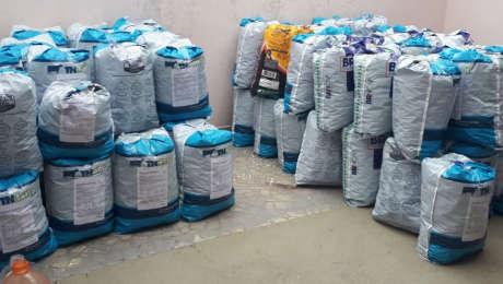 Campanha 'Tampinha Solidária' recolhe 400 kg de plástico em Poá