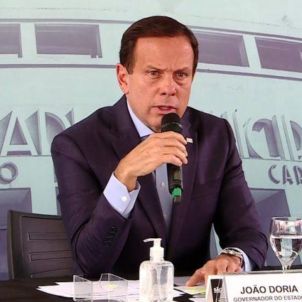 'O mundo inteiro está em casa e o único certo é o Bolsonaro?', questiona Doria
