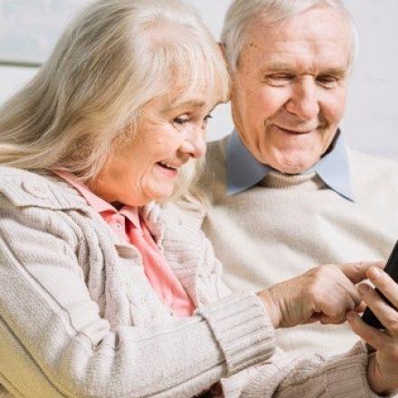 Residencial que tem 90% dos idosos com mais de 80 anos proíbe visitas como prevenção à Covid-19