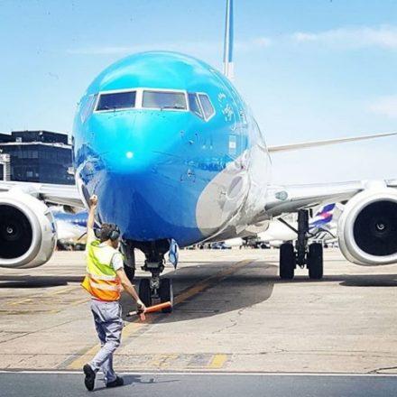 Argentina proíbe venda de passagens aéreas no país até setembro