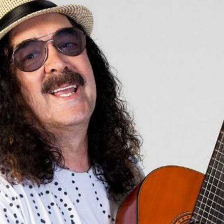 Cantor e compositor Moraes Moreira morre aos 72 anos