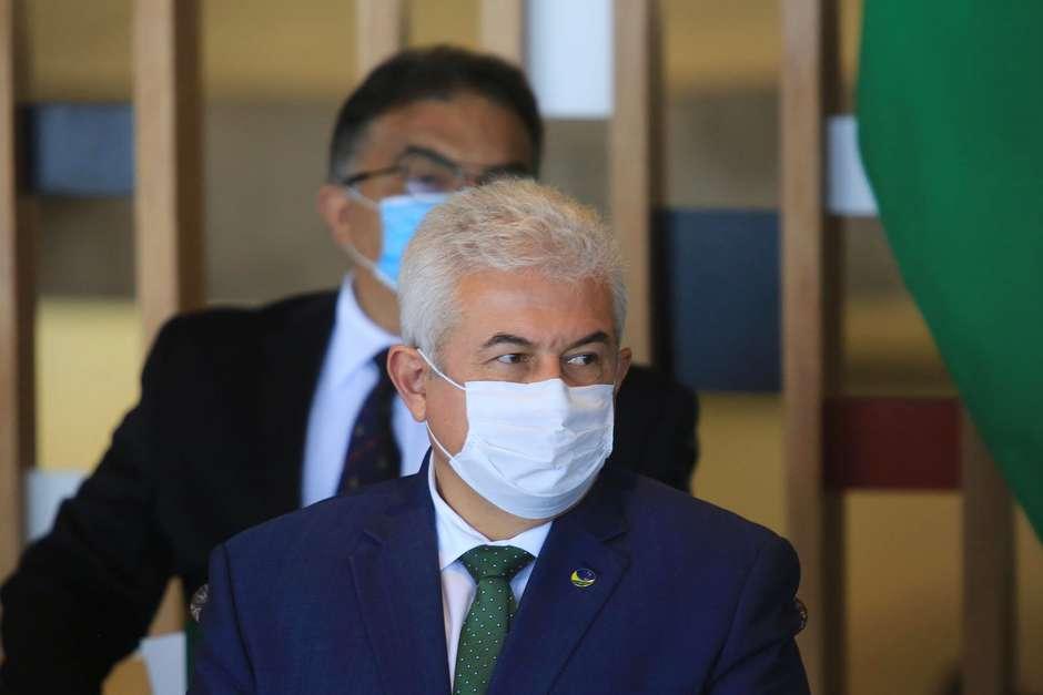 Ministro Marcos Pontes revela que também está com Covid-19
