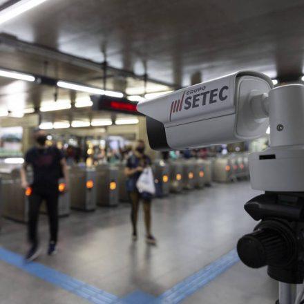 Metrô de SP testa câmera para medir a temperatura dos passageiros