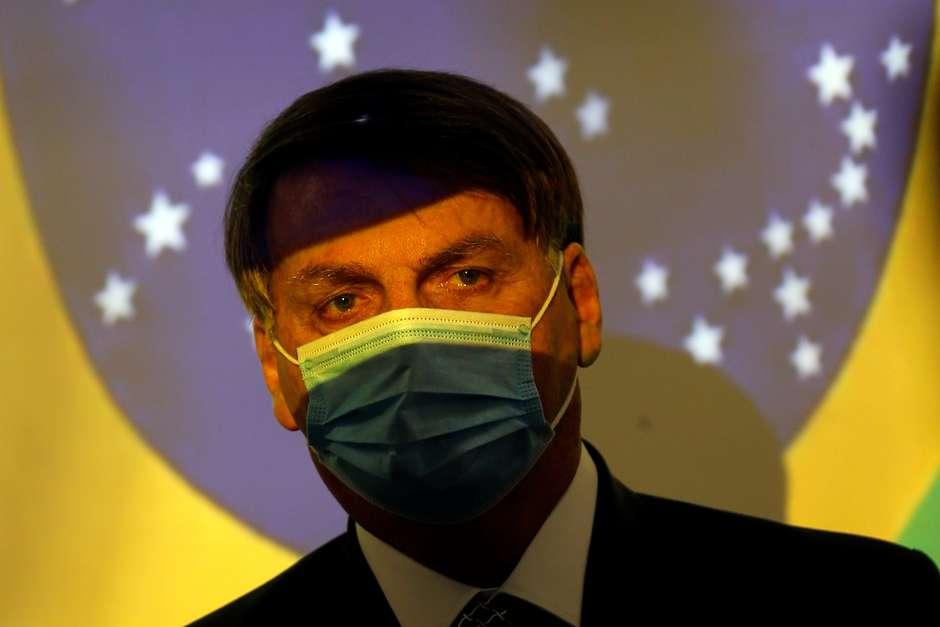 """""""Lamento as mortes, mas vamos tocar a vida"""", diz Bolsonaro"""