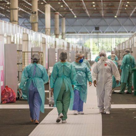 Cerca de 26% dos profissionais da saúde municipal de SP já tiveram Covid-19