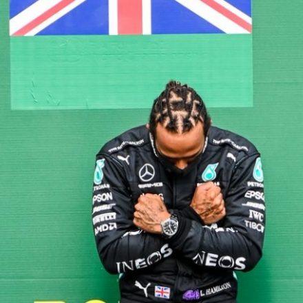 Lewis Hamilton diz que não vai desistir de fazer campanha por justiça racial
