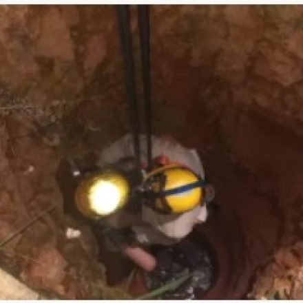 Criança cai em cisterna ao procurar pipa