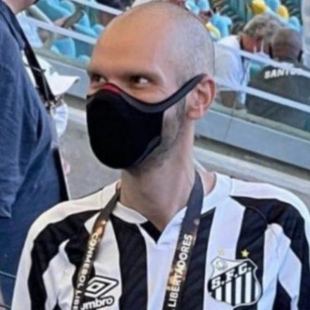 Flagrado na decisão da Libertadores, Bruno Covas se defende em rede social