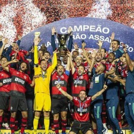 Gabigol quer estátua após mais um título com o Flamengo