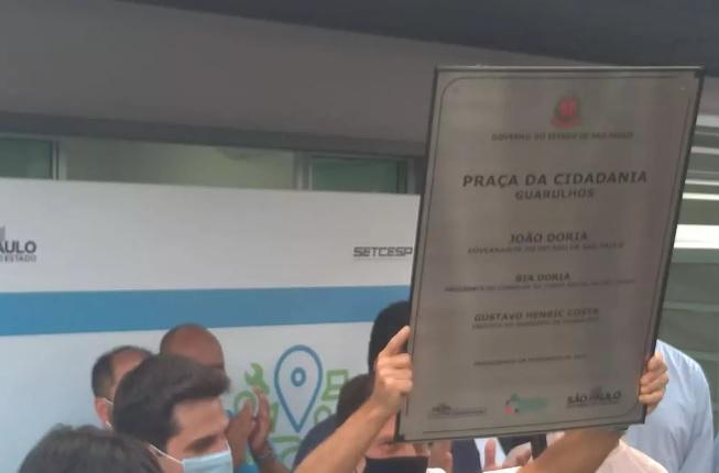 Praça da Cidadania é inaugurada em Guarulhos