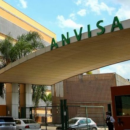 Anvisa aprova novo tratamento para pacientes com Covid-19