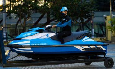 Seguradora vai usar jet ski para resgatar clientes em enchentes