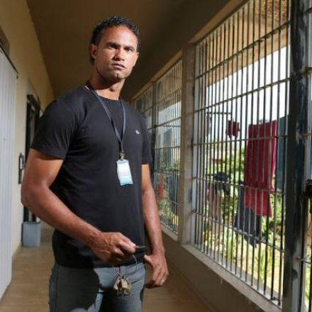 Ex-goleiro Bruno comete falta grave na prisão e não poderá sair antes de 2023