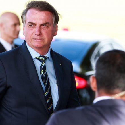 Bolsonaro vai à posse do novo presidente do Uruguai neste domingo