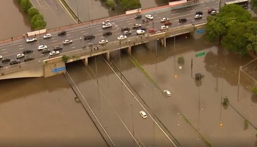 Em dez dias, chove 83% da média esperada para o mês todo em SP