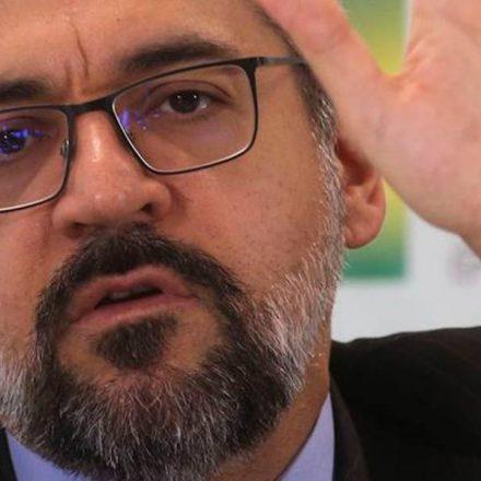 STF arquiva pedido de impeachment de Weintraub