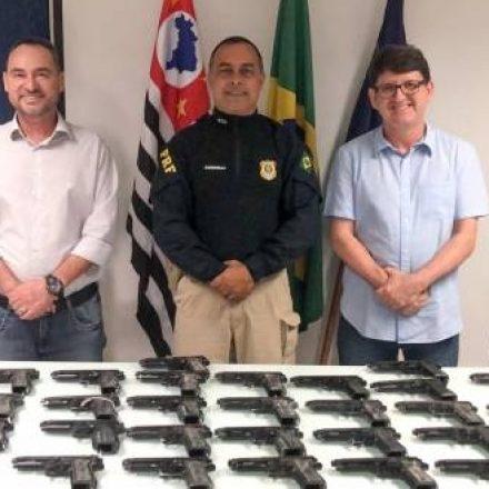 Polícia Rodoviária Federal realiza doação de armas para GCM de Guarulhos