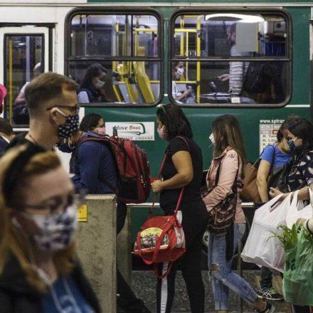68% dos brasileiros ainda se sentem inseguros para voltar ao trabalho