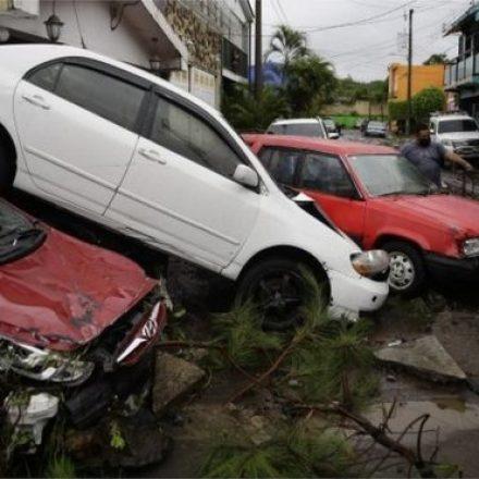 Tempestade Amanda deixa 11 mil desalojados em El Salvador