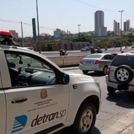 Veículo com mil infrações e R$ 4,4 milhões em débitos é apreendido em SP