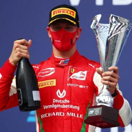 Filho de Schumacher vence na Rússia, pela Fórmula 2