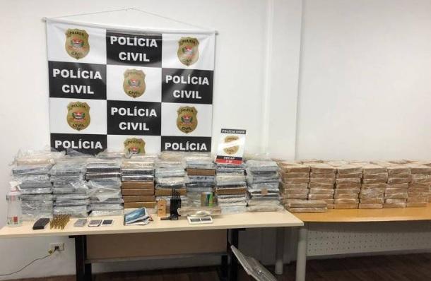 Polícia apreende pasta base avaliada em R$ 15 milhões