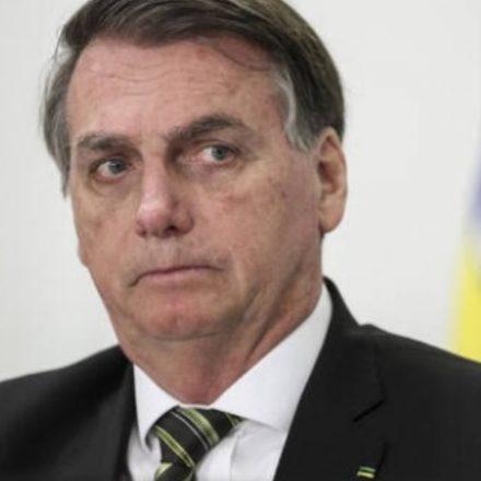 Bolsonaro endossa Mourão e também nega existência de racismo no Brasil